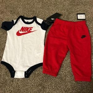 •2 PIECE 6-9 MONTH BABY BOY NIKE OUTFIT